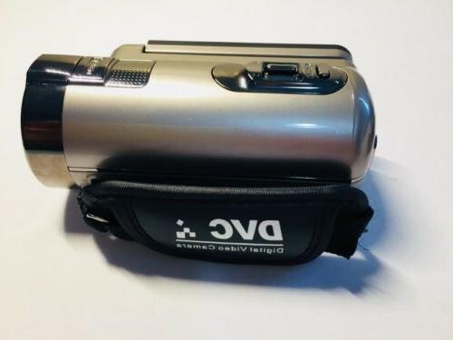 BESTEKER 1920x1080 Full Digital Zoom Camcorder Gold i8