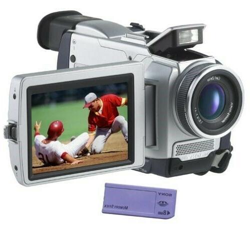 Sony DCR-TRV50 digital NEW IN BOX.