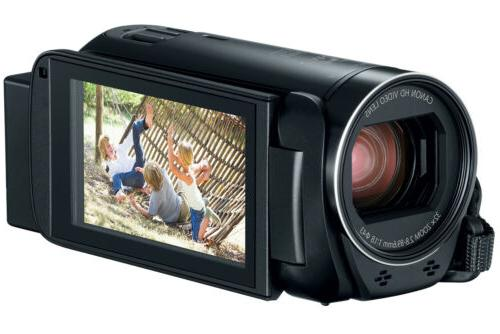 Canon HF R800 Camcorder with Card Bundle