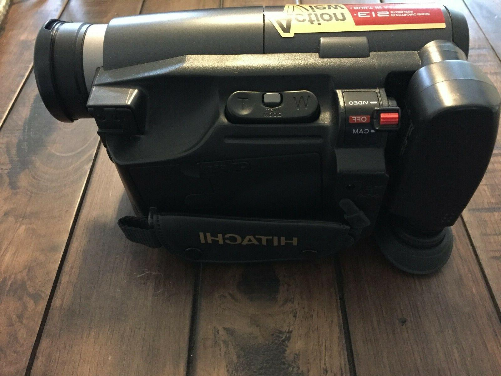 Hitachi Video Camcorder with Charger, Battery TESTED