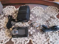 New Polaroid 14MP Waterproof Digital Camera with Dual Displa